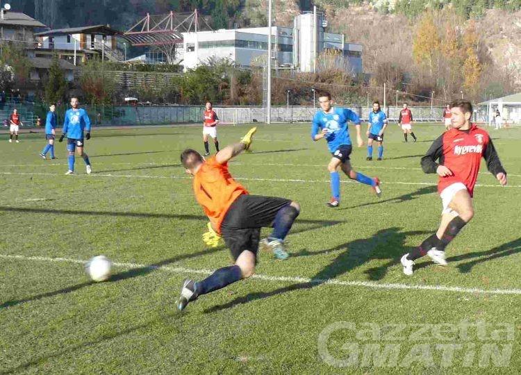 Calcio: il VdA ferma la capolista, l'Aygreville riprende a correre