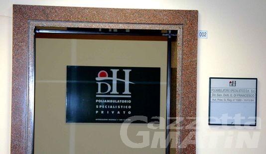 Operazione Bisturi: primario patteggia sei mesi; rinviata l'udienza per il direttore del day hospital
