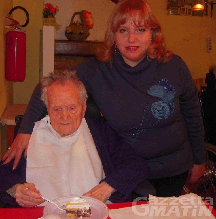 Auguri nonna Elvira, 105 primavere!