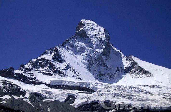 Tragedia in montagna: identificati gli alpinisti morti sul Cervino