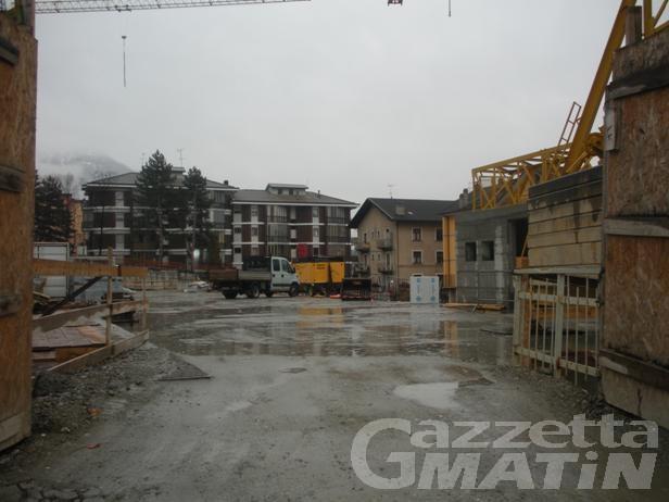 Rollandin: 'I lavori al parcheggio dell'ospedale sono finiti ieri'
