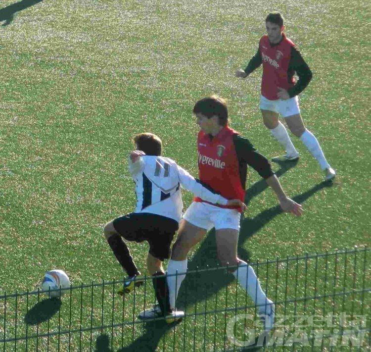 Calcio: l'Aygre pareggia in casa, bene Charva e Pont
