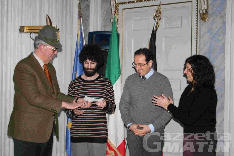 Chalet Alpini al Marché Vert Noel: 12 mila 530 euro all'Associazione valdostana Autismo onlus