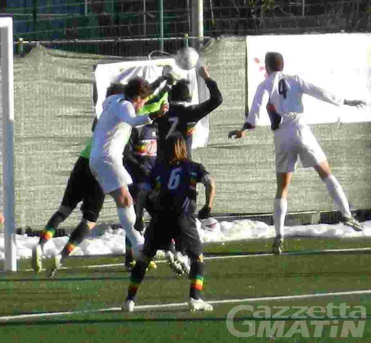 Calcio: la Pro Settimo rallenta l'Aygreville