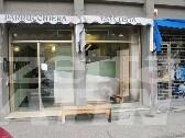 Molotov contro vetrina di negozio di parrucchiera, tre indagati