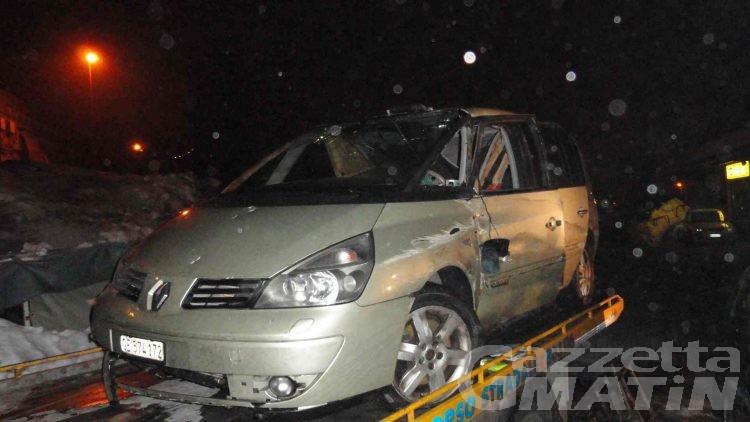 Manager francese morì per un masso che sfondò il tetto della sua auto: tre persone iscritte sul registro dei reati