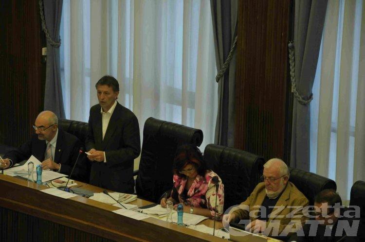 Consiglio, nessun taglio ai consiglieri e agli assessorati