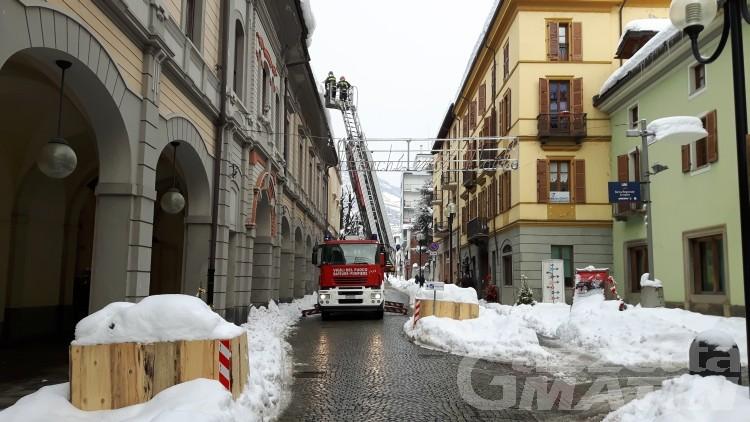 Neve: questa notte task force per il centro storico