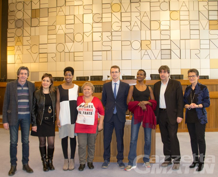 Donna dell'Anno, le finaliste incontrano gli studenti valdostani