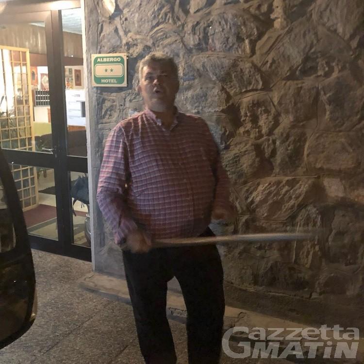 Bastonate a un turista, denunciato l'albergatore Paolo Maccari