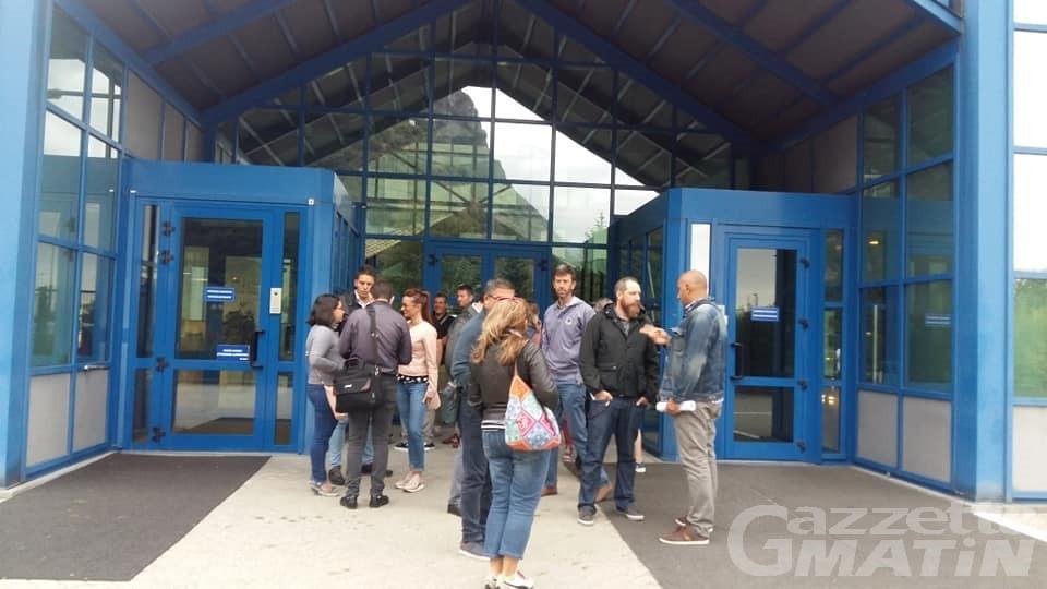 Pont-Saint-Martin: presidio e sciopero dei dipendenti della Engineering
