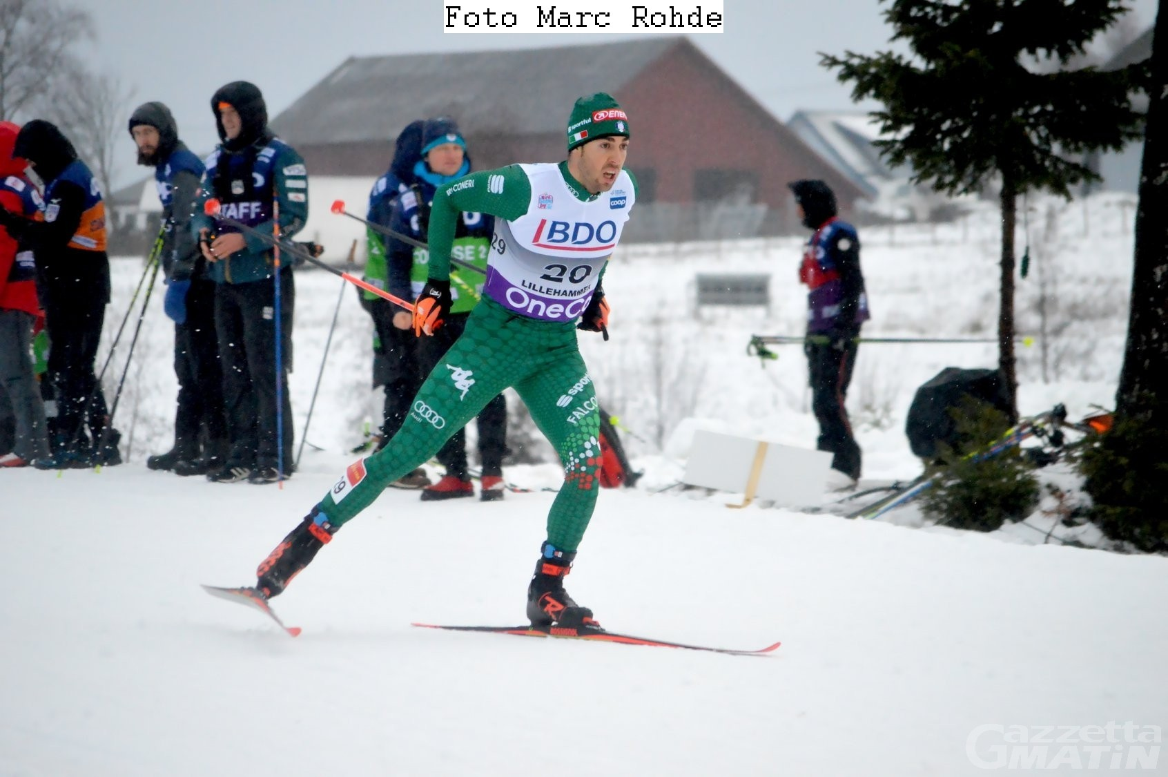 Fondo: Federico Pellegrino ai piedi del podio a Falun