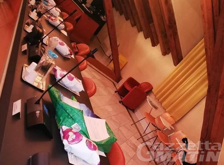 Consiglio Aosta: pop corn e preannunciate scintille per la nomina del Presidente dell'Assemblea