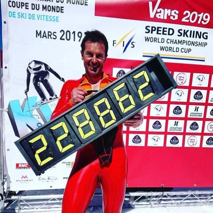 Sci di velocità: sesto titolo mondiale per Simone Origone