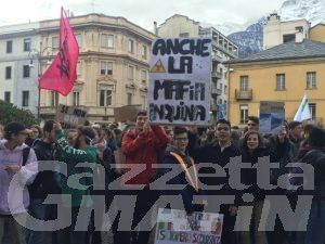 Ambiente: 600 studenti in piazza per #fridayforfuture