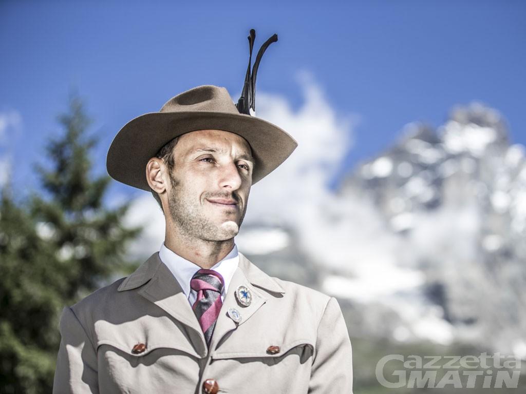 Chatillon, l'ultimo saluto alla guida alpina Federico Daricou