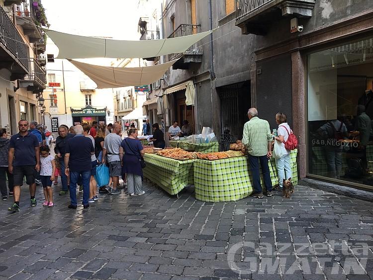 Aosta: dopo il boom di viale Conte Crotti la festa si sposta in centro