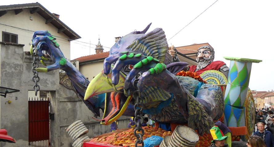 NICHELINO – Festa in piazza per i bambini: via al Carnevale