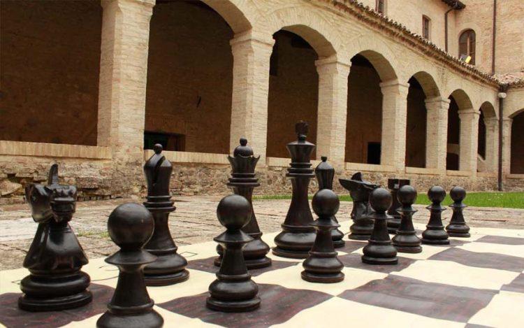 NICHELINO – Successo di partecipazione al torneo di scacchi