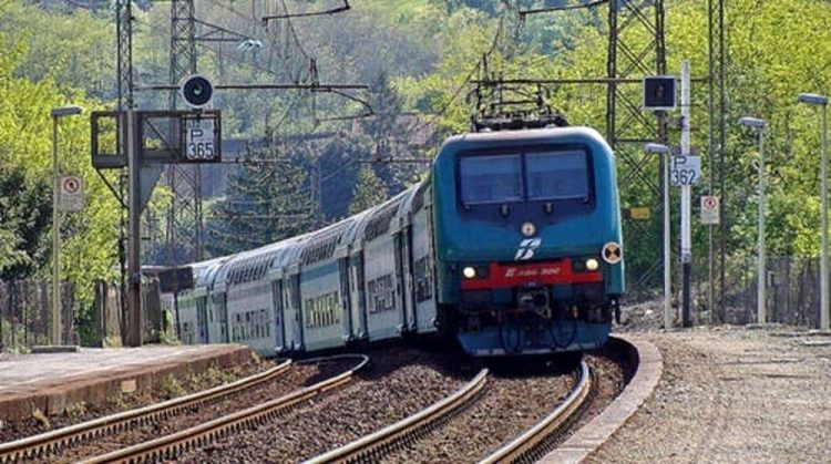 Tratto di provinciale chiusa a Villanova canavese per lavori alla linea ferroviaria