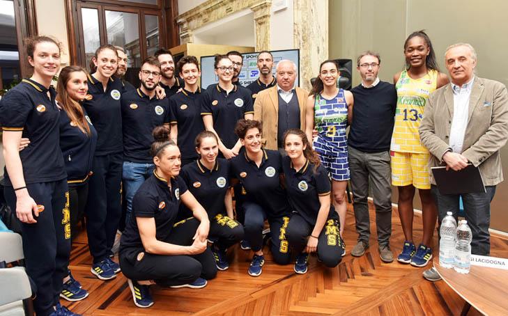 Con «the wall» sulle divise parte l'avventura dell'Akronos Libertas Moncalieri Pms in Coppa Italia