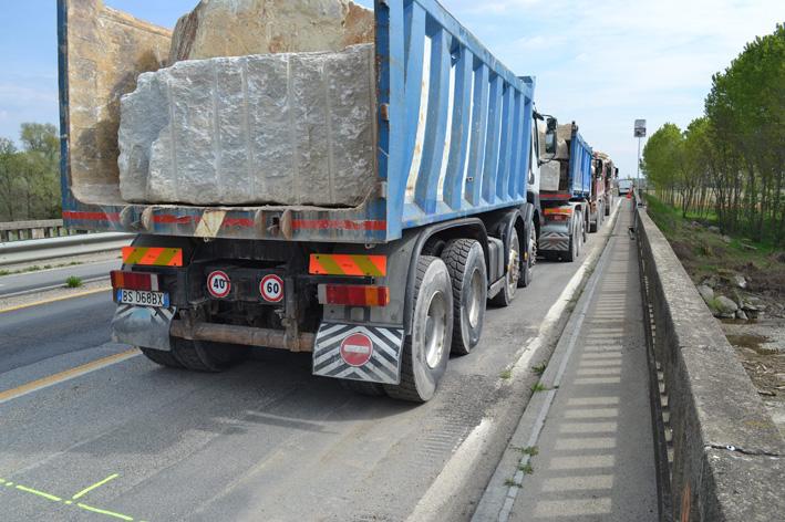 VILLAFRANCA Riapre il ponte sul Pellice, ma restano alcune limitazioni al traffico