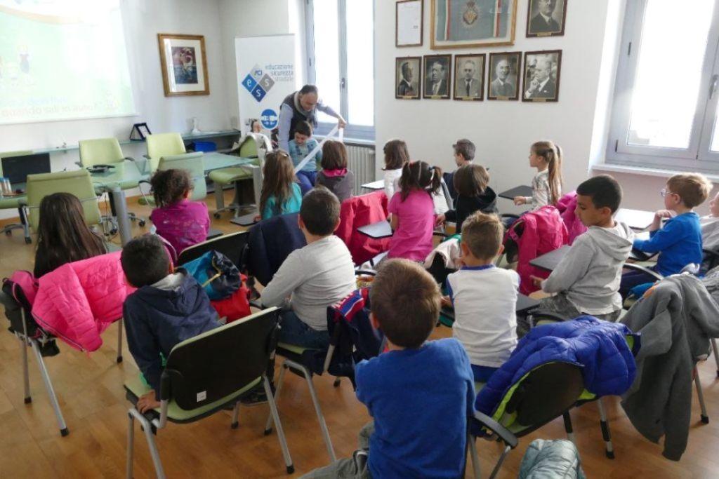 SCUOLA – A Torino il salone dell'orientamento per i giovani che devono scegliere gli studi superiori