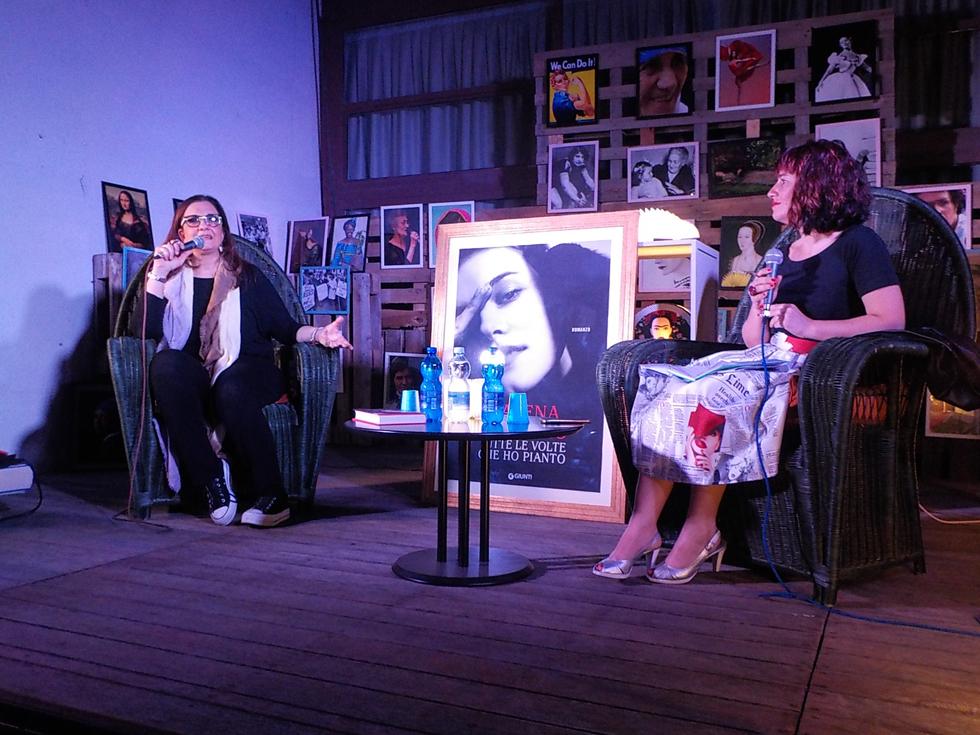 """Tutti a ridere e piangere a """"Letti di Notte"""" di Carmagnola con Catena Fiorello. Questa sera ultimo atto con la giornalista Federica Angeli"""
