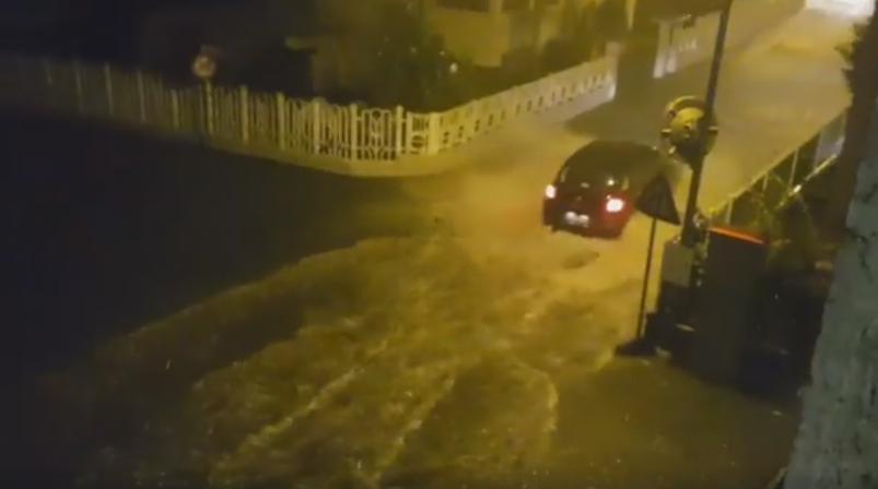 LA LOGGIA – Il temporale strappa le targhe a due auto