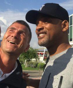 Will Smith a Marina di Stabia, selfie e video con i fans