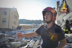 Crollo a Genova: estratti i corpi dei 4 ragazzi di Torre del Greco