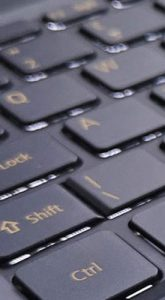 Swift 5 Pro, il notebook primatista in portabilità