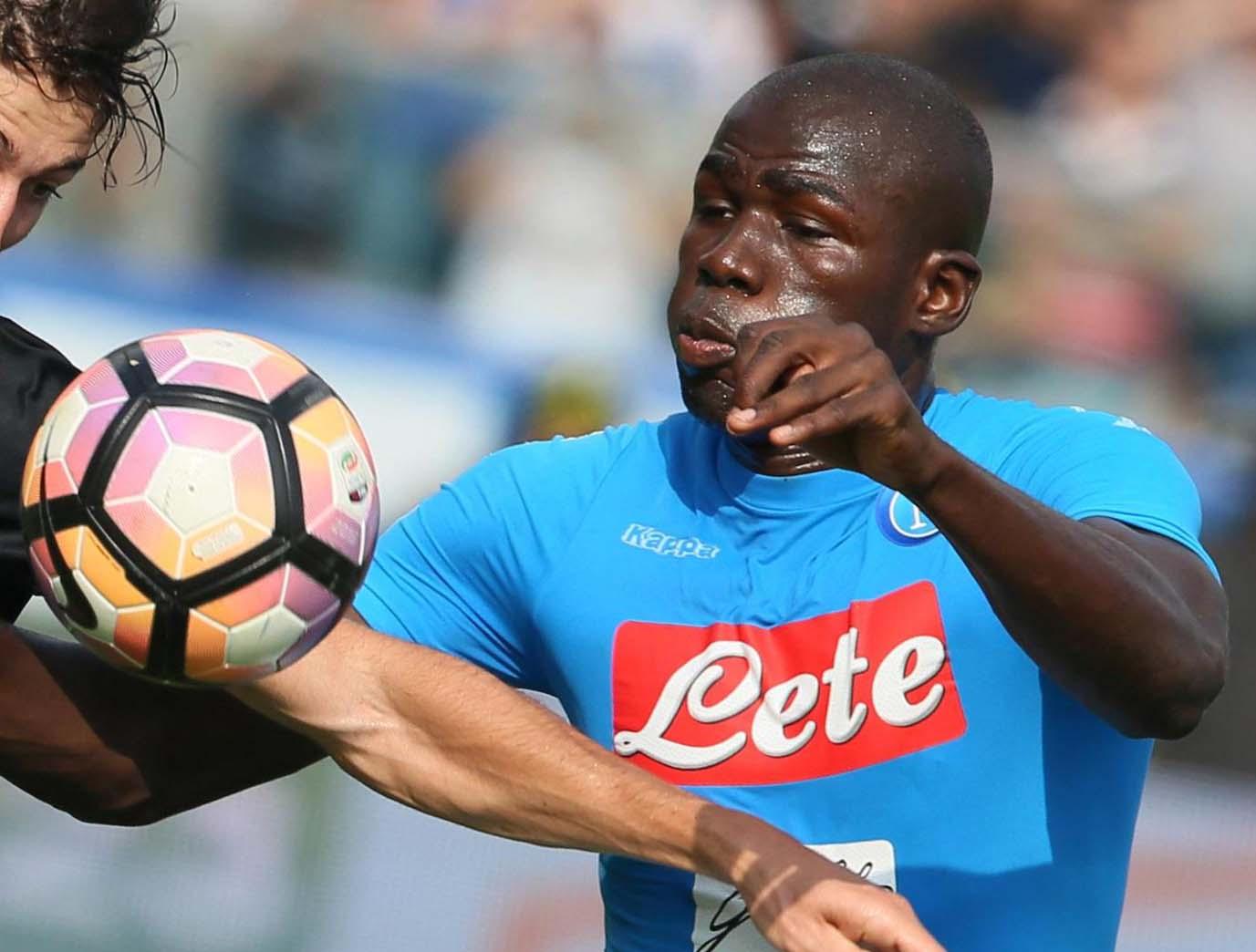 Calcio: Napoli senza Koulibaly, respinto il ricorso. Tra squalifiche e infortuni è emergenza con la Lazio