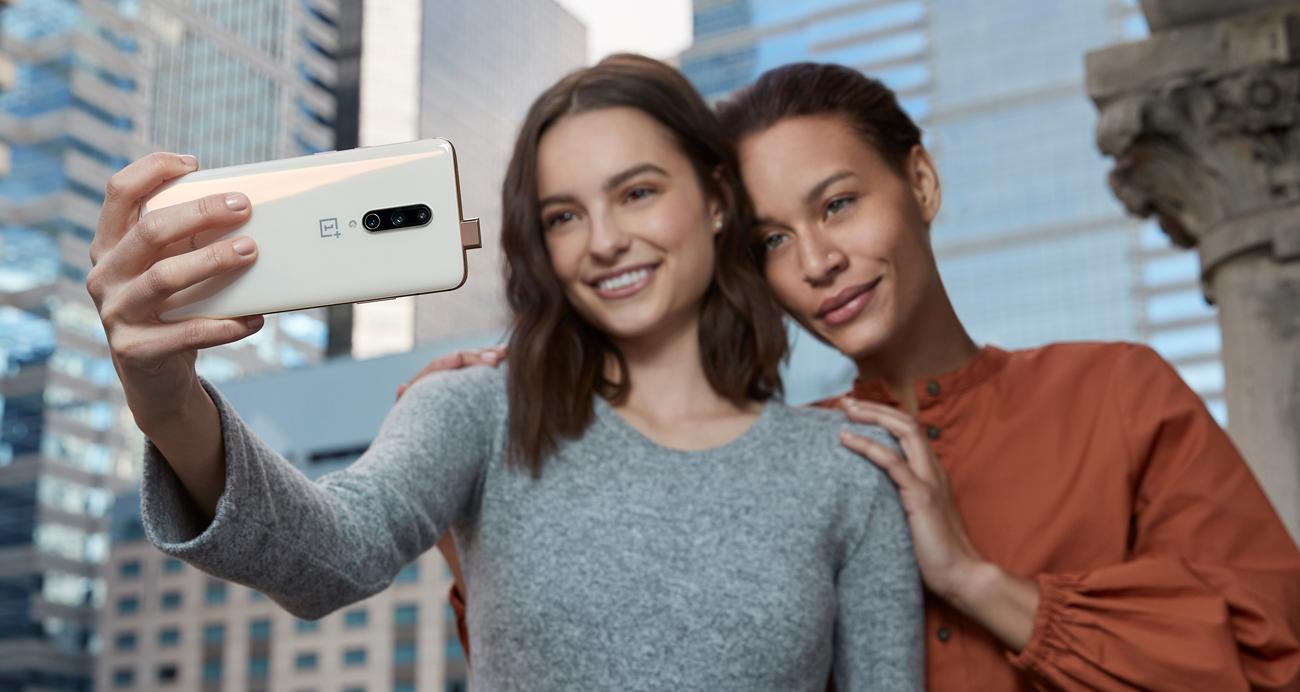 Serie 7, il top di gamma di OnePlus si sdoppia