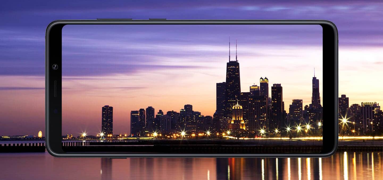 Galaxy A9, lo smartphone con quattro cam posteriori